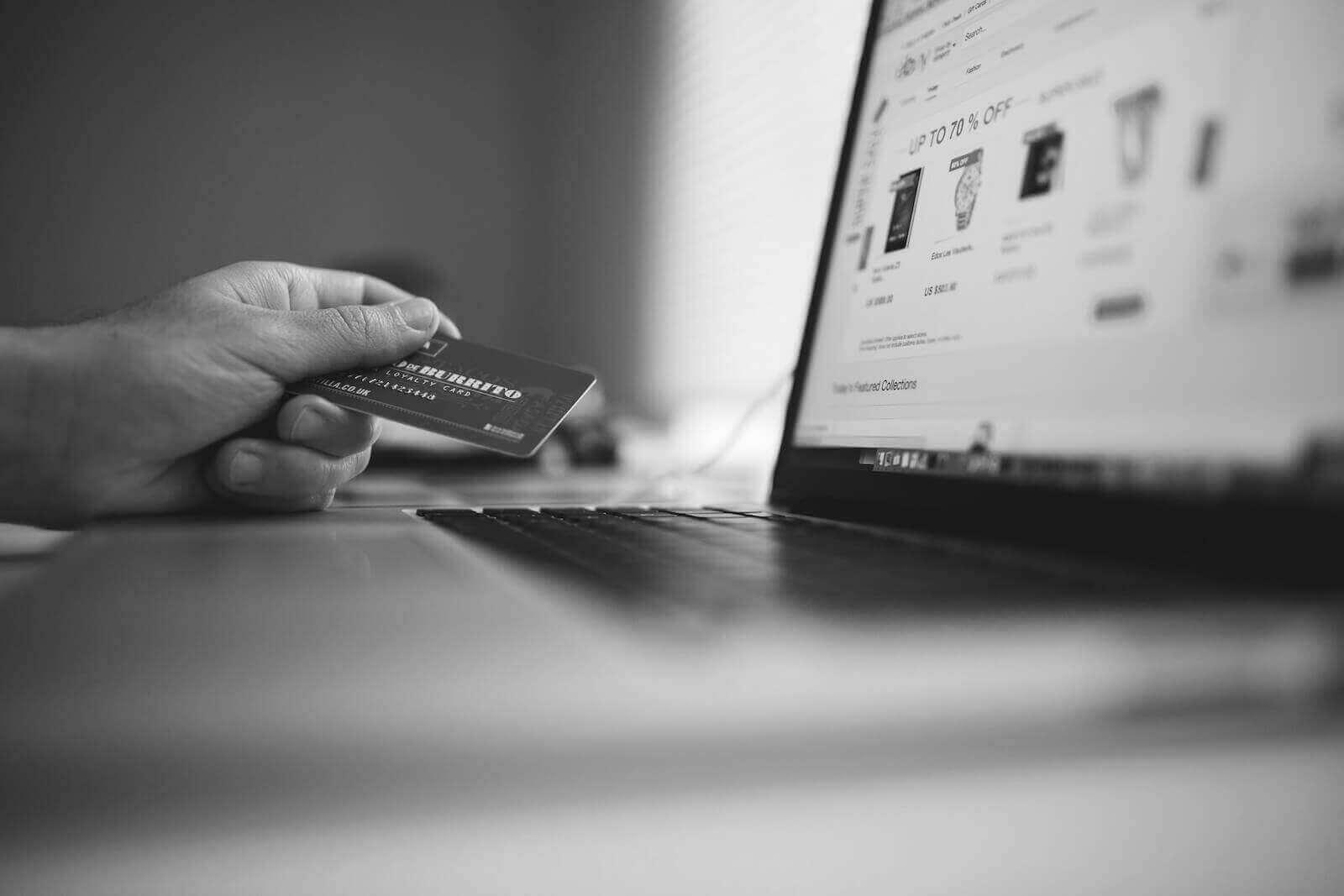 cash flow management accounts payable credit card laptop